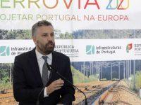 Ministro quer Portugal a fabricar comboios