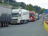 Bruxelas admite intervir na fronteira de Irún