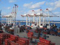 Eurogate Tanger equipa-se para navios de 23 mil TEU