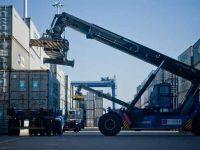 Maersk junta comboio e navio no Ásia-Europa