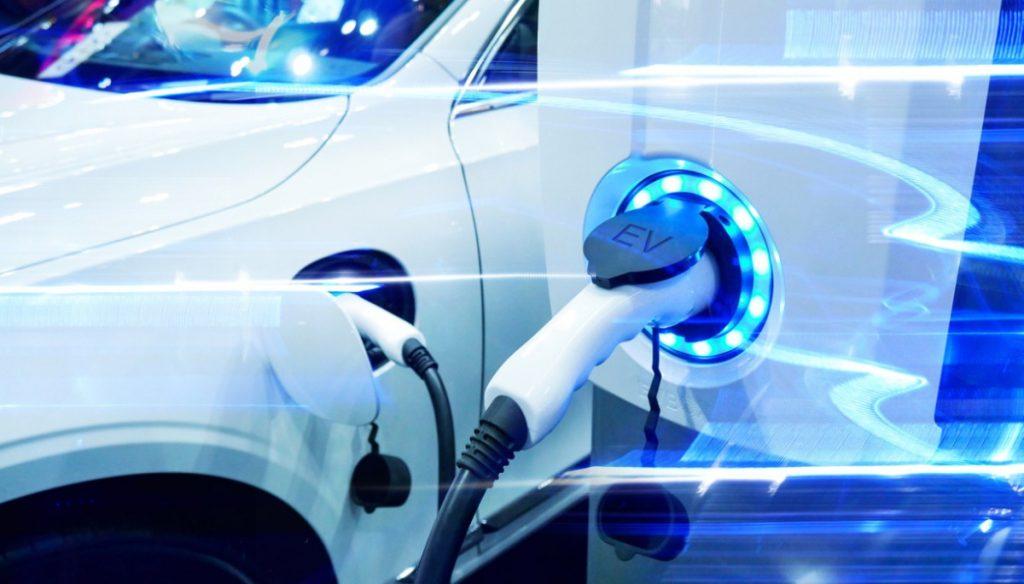 PSA lançará versões 100% eléctricas dos seus comerciais compactos a partir de 2020