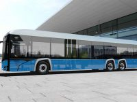 Solaris anuncia autocarro eléctrico de 3 eixos