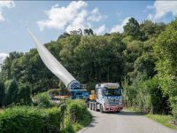 Laso transporta pás eólicas na Madeira