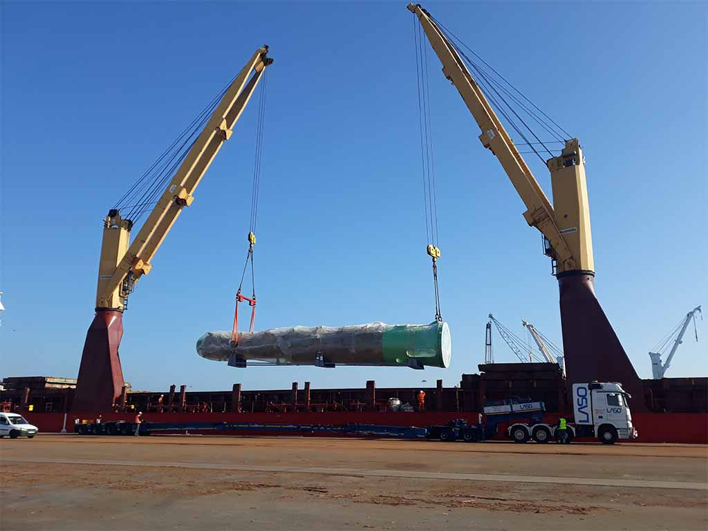 Porto de Aveiro peço de 77 toneladas destinada ao Canadá