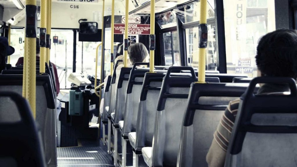 Transportes públicos no desconfinamento