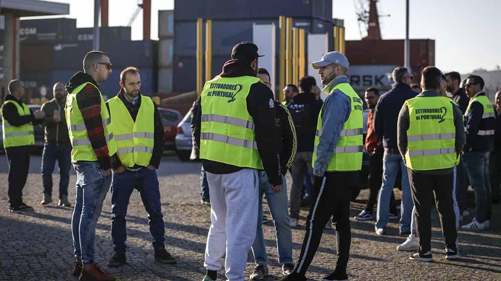 Operadores de Lisboa denunciam CCT dos estivadores