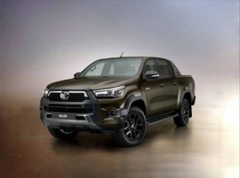 Toyota Hilux renovada chega em 2021
