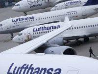 """Bruxelas dá """"luz verde"""" ao resgate da Lufthansa"""